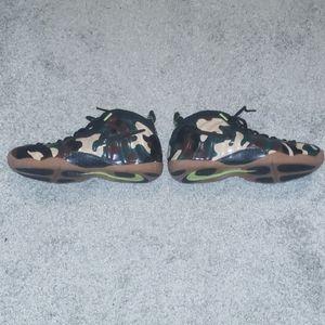 Nike foamposite camouflage